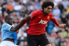 Marouane Fellaini: Man Utd midfielder faces six week absence
