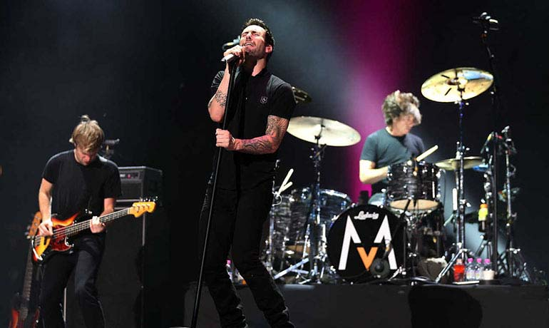 Maroon 5  World Tour 2013