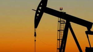 Crude oil gains, topping $122 a barrel