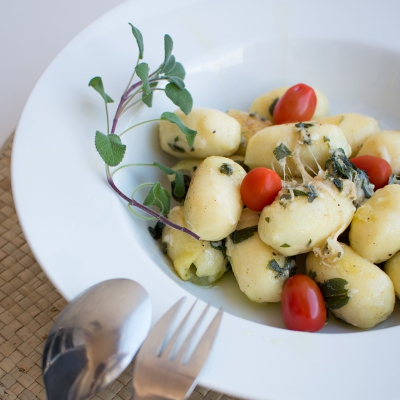 Pasta gnocchi with butter